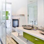 En suite bathroom at the villa