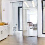 Stylish en suite bathroom