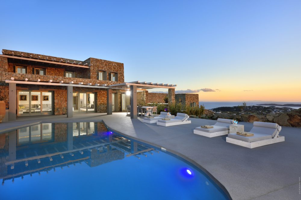 Villa Moonstone