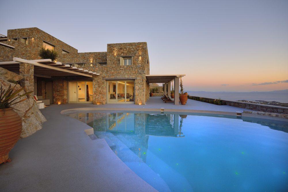 Villa Stalagmite