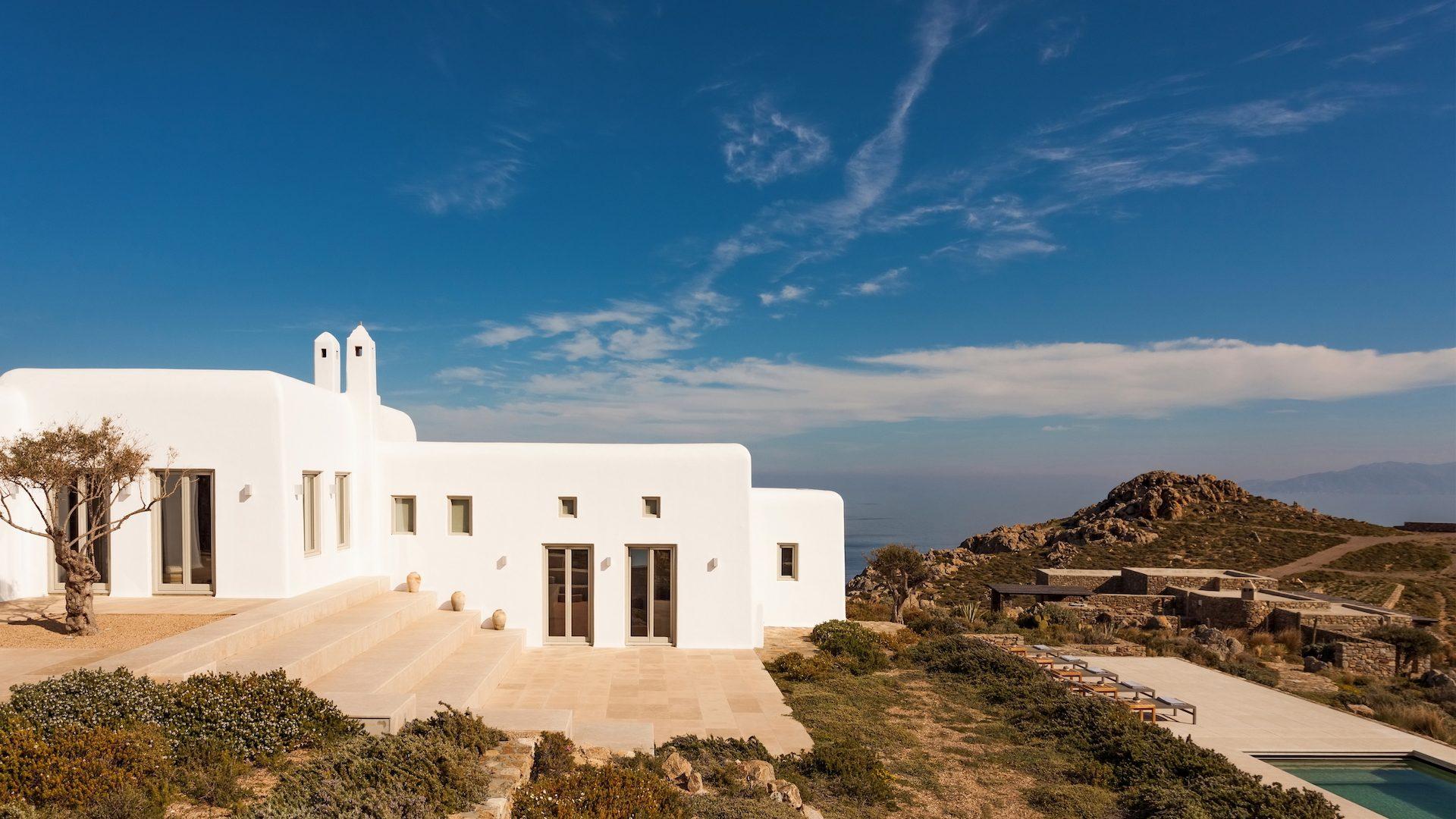 "Being a ""Digital Nomad"" in a Greek villa"